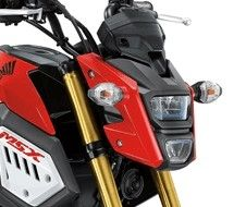 MSX125SF COWL, RIGHT FRONT-RED
